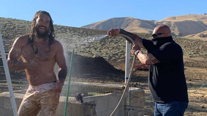 Jason Momoa Getting Hosed Down After Being Caked In Mud Is The Best Thing You'll See All Day