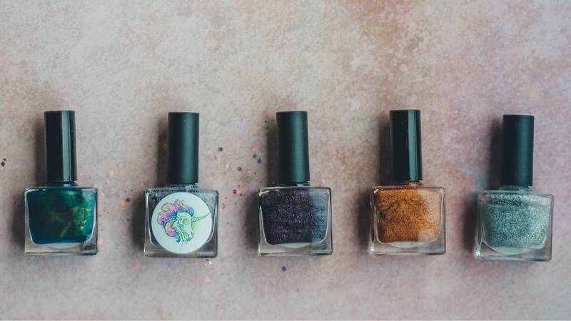 Clever Hack Hides Your Grown-Out Manicure
