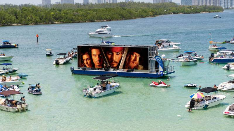 ​You Can Now Go To A Socially-Distanced Floating Cinema In Miami