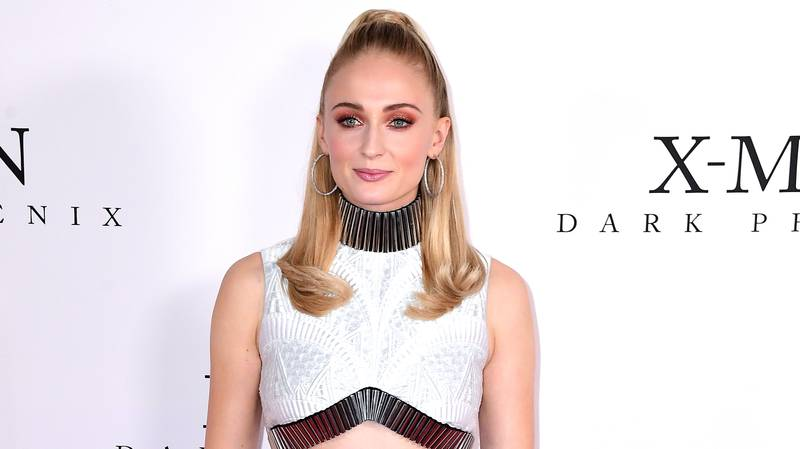 Sophie Turner Unveils Hair Transformation And We're Here For It