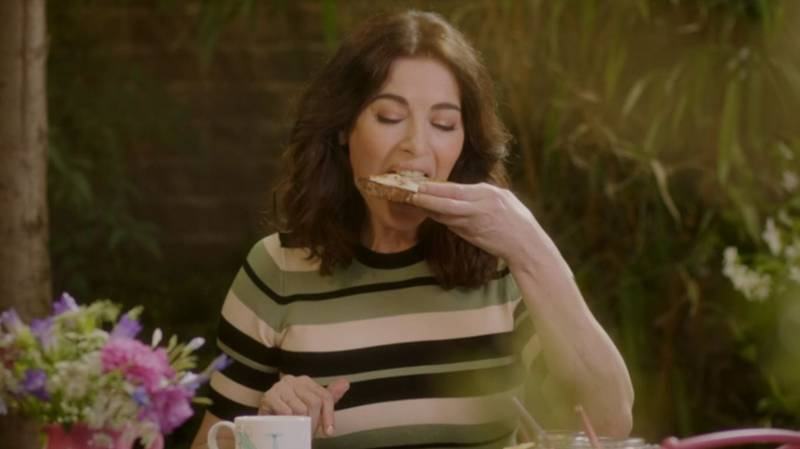 Nigella Lawson Savaged For Five Minute Explanation Of How To Make Toast