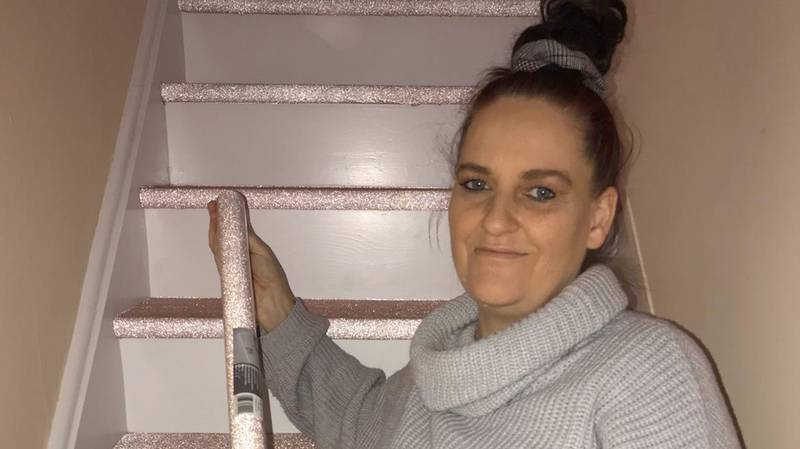 Woman Creates Incredible Glittery Stair Case