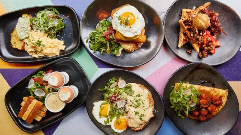 Hallelujah, A Bottomless Halloumi Brunch Is Coming To The UK