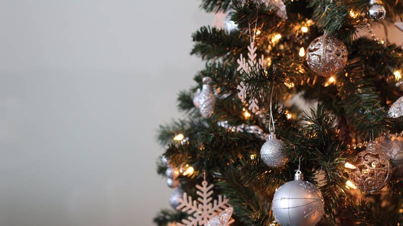 It Turns Out We've Been Hanging Christmas Tree Lights Wrong This Whole Time