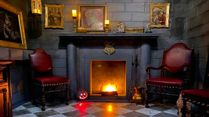 Man Creates Incredible 'Harry Potter'-Inspired Bedroom