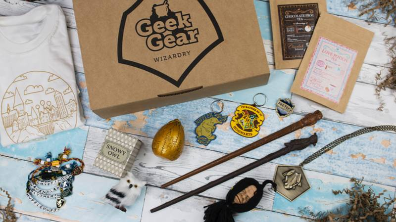 ​This 'Harry Potter' Subscription Box Is Perfect For Hogwarts Nerds