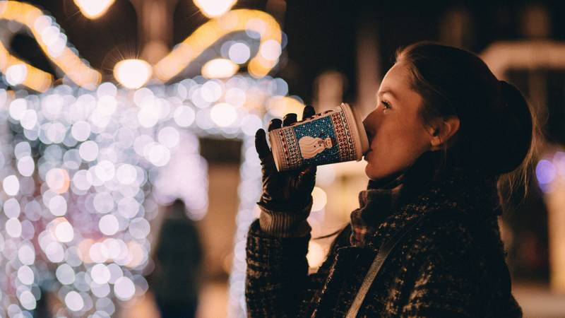 An Expert Explains Why Don't You Feel Christmassy