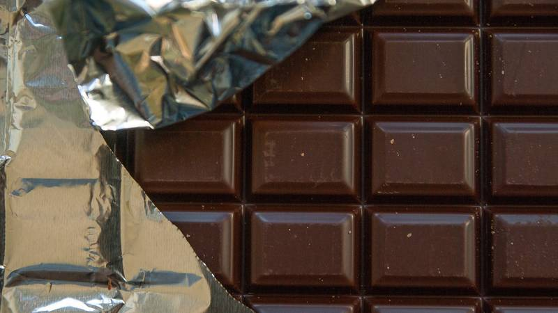 Dark Chocolate Is Officially The Food That Makes You Happiest