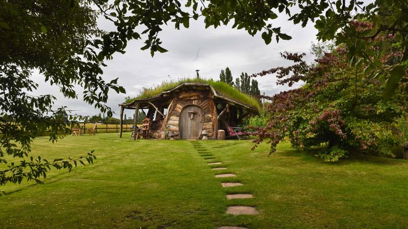 Couple Build Hobbit Hole At The End Of Their Garden