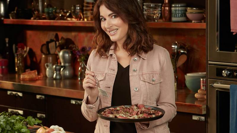 Cook Eat Repeat: Nigella Lawson Sparks Debate After Branding Carrots Cut Into Rounds 'Infinitely Depressing'