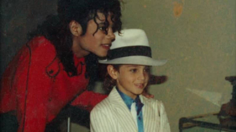 Radio Stations Drop Michael Jackson's Music After 'Leaving Neverland' Documentary