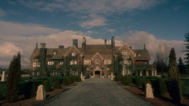 You Can Now Get Married At Bly Manor