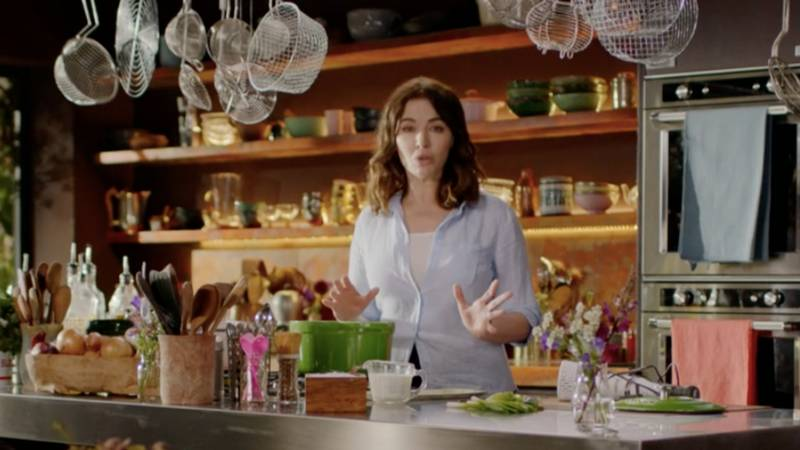 Cook Eat Repeat: Everyone Is Losing Their Minds Over The Way Nigella Lawson Pronounces 'Microwave'