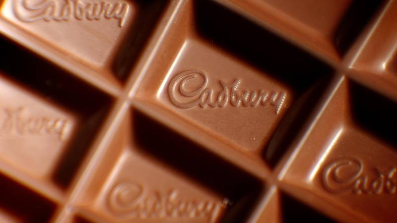 You Can Now Get Huge Personalised Cadbury Bars for Valentine's