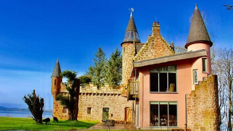 You And Your BFFs Can Stay In This Huge Fairytale Castle And Inside Is Stunning
