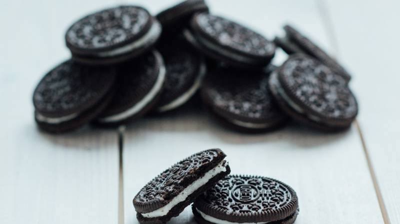 ​You Can Now Buy Coated Oreo Ice Cream Sticks
