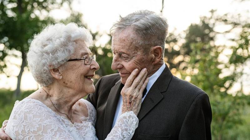 Couple In Their Eighties Celebrate 60th Anniversary In Original Wedding Attire