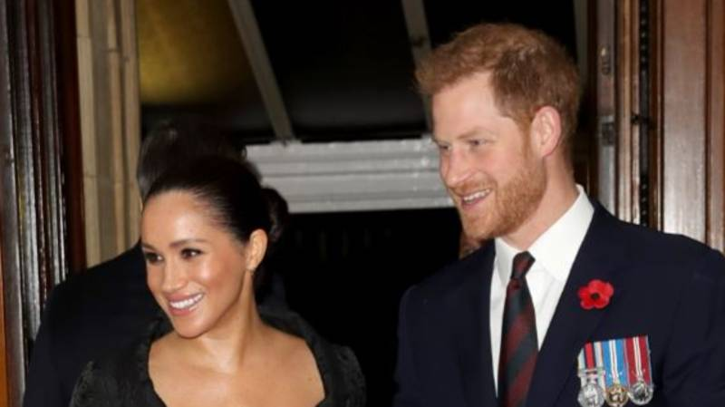 Prince Harry and Meghan Markle Share Christmas Card With Adorable New Picture Of Archie