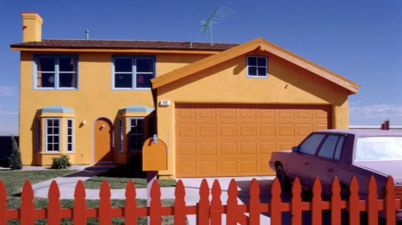 There's A Real-Life Version Of The Simpsons House And It's Actually Uncanny