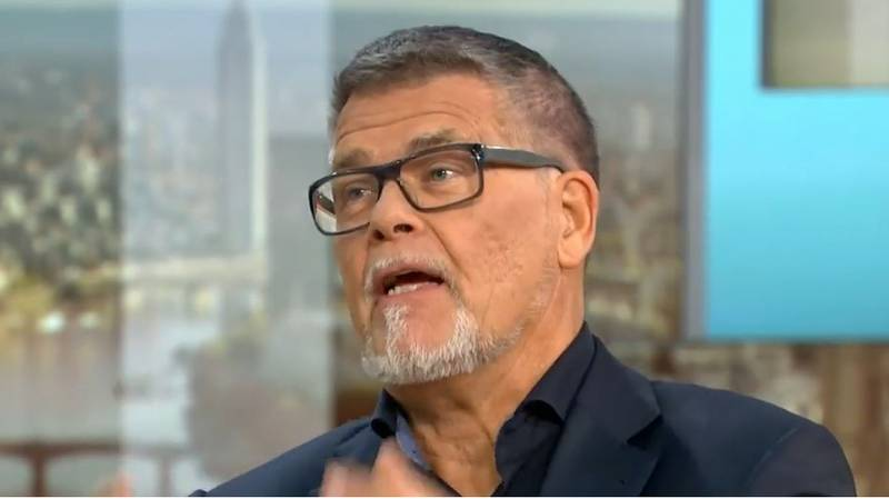 Man Who Plans To Legally Lower His Age To Get More Tinder Matches Baffles GMB Hosts
