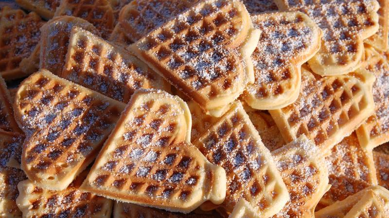 ​Lidl Is Now Selling A Heart Shaped Waffle Maker