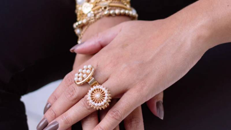 Dream Job Allows You To Try On £4k Worth Of Jewellery At Home - And Keep It
