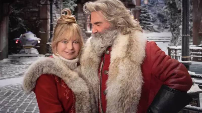 Everything We Know About 'The Christmas Chronicles 2'