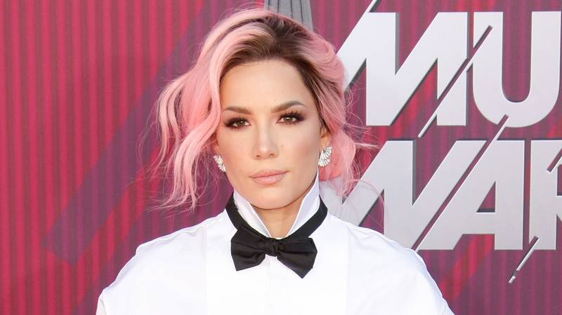 Halsey Opens Up About Traumatic Miscarriages And Chronic Pain From Endometriosis