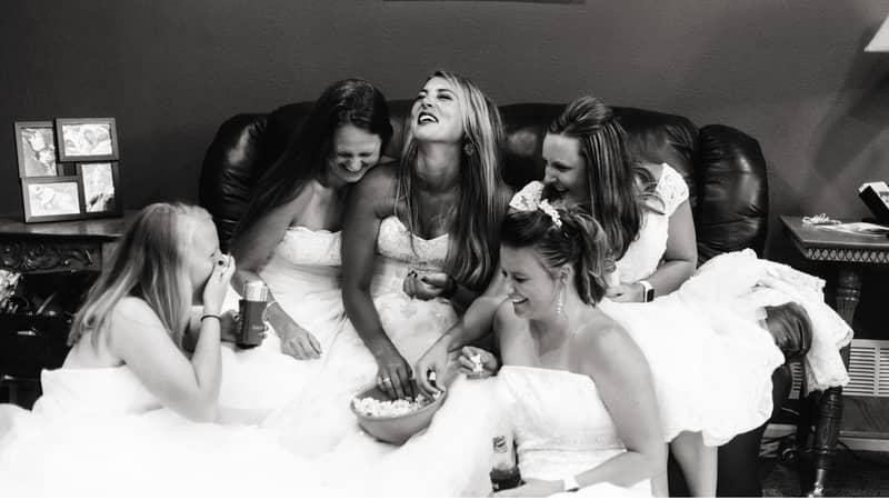 Woman Recreates Famous 'Friends' Wedding Dress Scene After Her Husband Dies