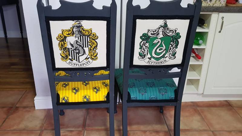 Woman Creates 'Harry Potter' Dining Set Using Just £1 Tote Bags